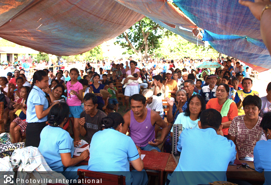 Ang Dating Daan Medical mission in Donsol