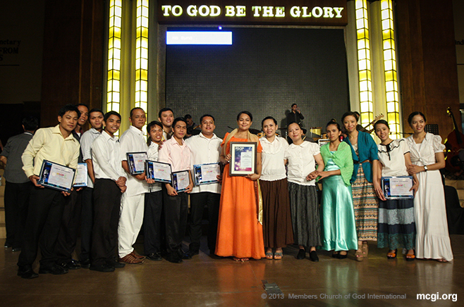At the ADD Convention Center in Apalit, Pampanga, winners take pose after the awarding ceremony of the ASOP Luzon Region Finals on June 9, 2013.