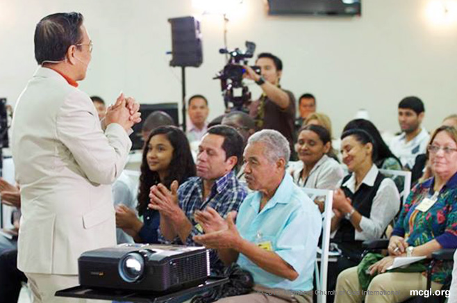 A Portuguese-speaking crowd in delight during one of Bro. Eli Soriano's Bible Expositions in South America this year.