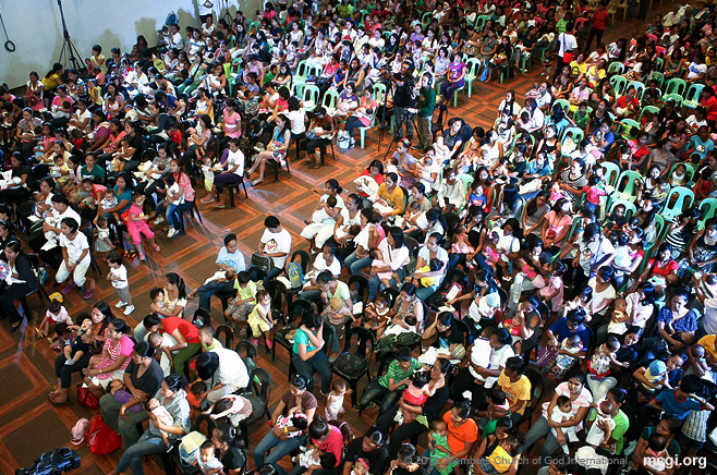 Members of the Church of God International participated in the Simultaneous Breastfeeding on October 24, 2013 that broke the Guinness World Record for it with more than 35,000 mother-infant pairs.