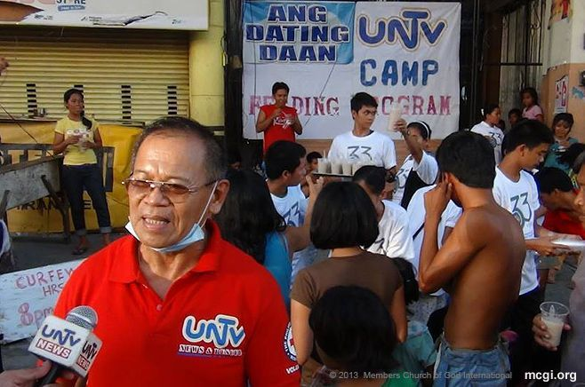 MCGI partners with UNTV to give free food and medicines to the survivors of Typhoon Yolanda in Tacloban City, Philippines.