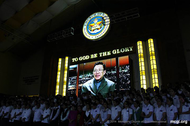 Bro. Eliseo Soriano, prime supporter of all of UNTV's public service endeavors being shown on a video during MCGI's Thanksgiving in February 2014.