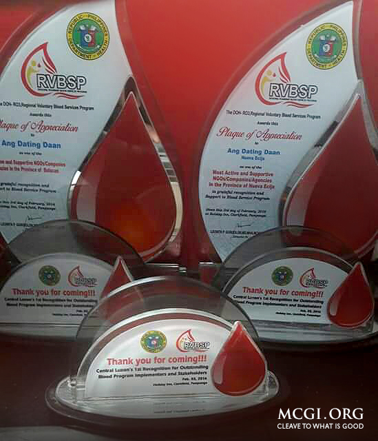 Awards given by the Department of Health to MCGI during the 1st Recognition for Outstanding Blood Program Implementers and Stakeholders 2016. (Photo courtesy of Photoville International)