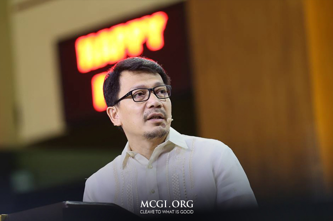 Bro. Daniel Razon, Assistant Overall Servant to MCGI, delivers the biblical topic during the Special International Thanksgiving held last October 9.